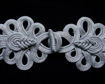 MR154-2 Silver Metallic Cord Chinese Pipa Fastener Frog Closure Knot Sewing/Jewelry/Craft/Fashion