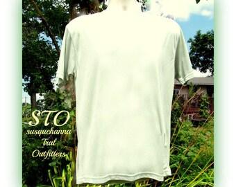 crew neck shirt, men's knit shirt, green knit shirt, short sleeve shirt, size M (medium), # 133