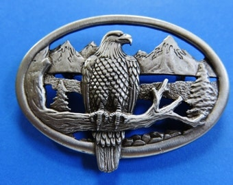 JJ Jonette Handsome Regal Proud American Eagle Brooch Pin