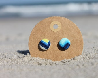 """1/2"""" Blue, White, and Green Zig-Zag Button Earrings"""