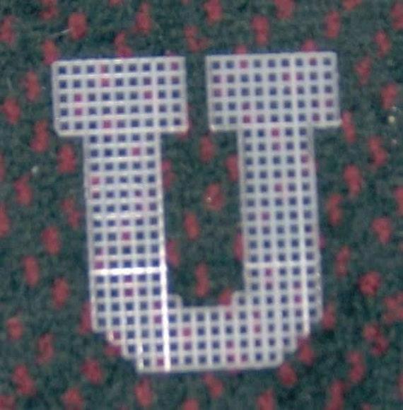 4 Inch Pre Cut Plastic Canvas Letters U