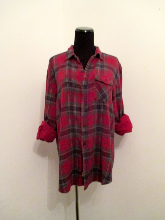 Red green plaid 90 39 s flannel shirt for Green and black plaid flannel shirt