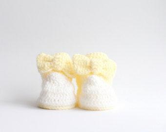 Crochet baby booties,newborn booties,infant booties,baby girl booties,crochet baby,crochet newborn,crochet infant,crochet baby shoes
