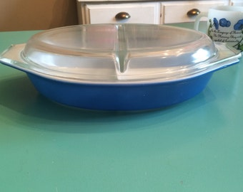 Vintage Bright Blue Pyrex Divided Dish Casserole with Lid (Bin2)