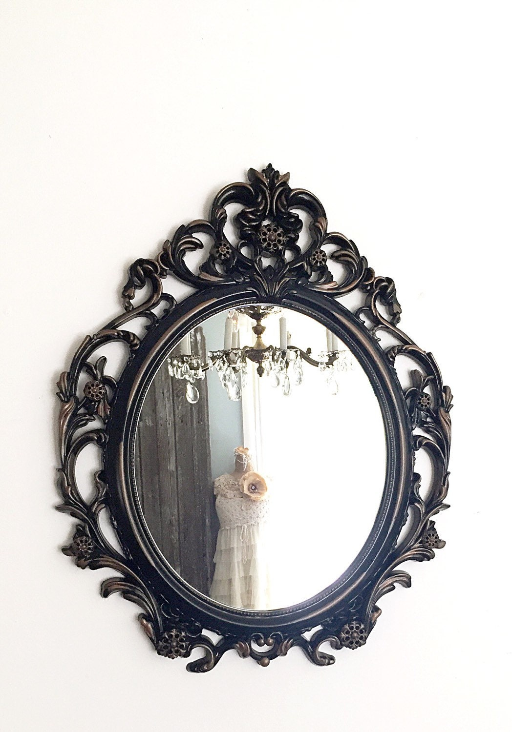 Ornement miroir baroque tenture murale miroir noir paris style for The miroir noir