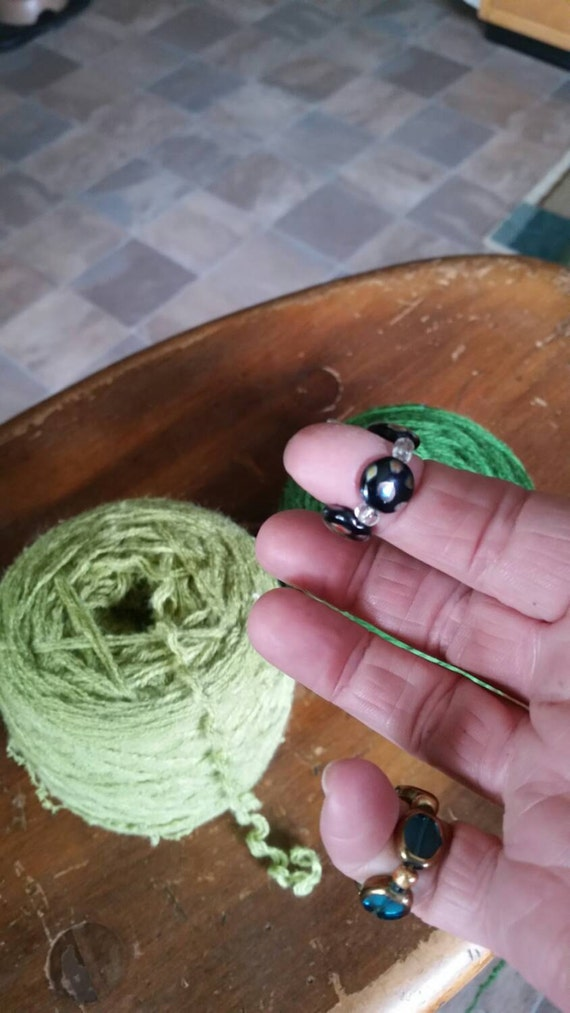 Knitting Ring Yarn Guide : Yarn guide ring black knitting accessory two color strand