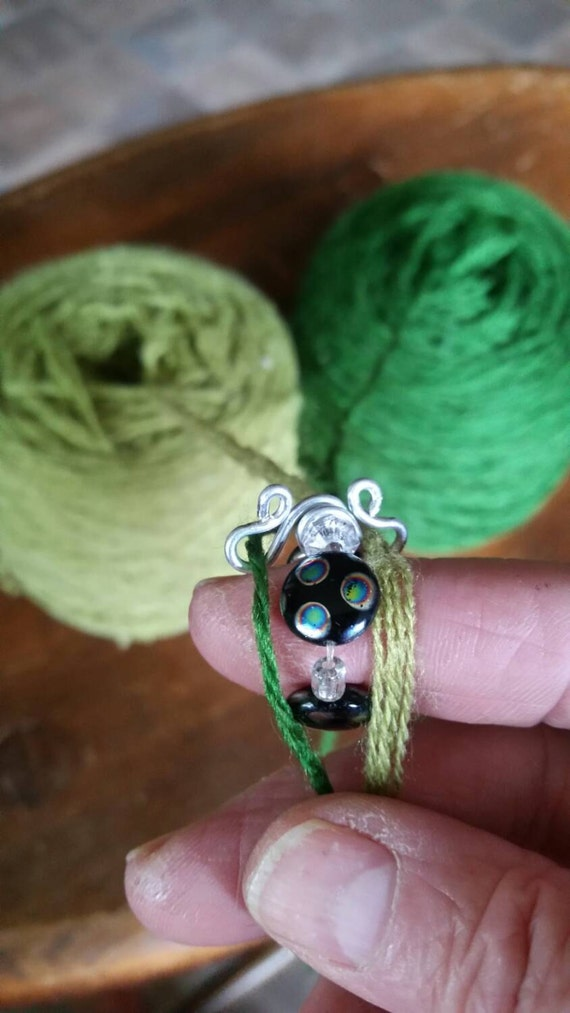 Knitting Ring Yarn Guide : Yarn guide ring knitting accessory two color strand