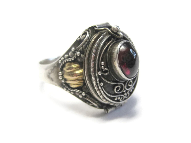 garnet poison ring vintage sterling size 10