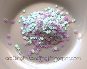 white snowflake confetti // snowflake glitter // iridescent snowflake confetti // christmas confetti // shaker card confetti