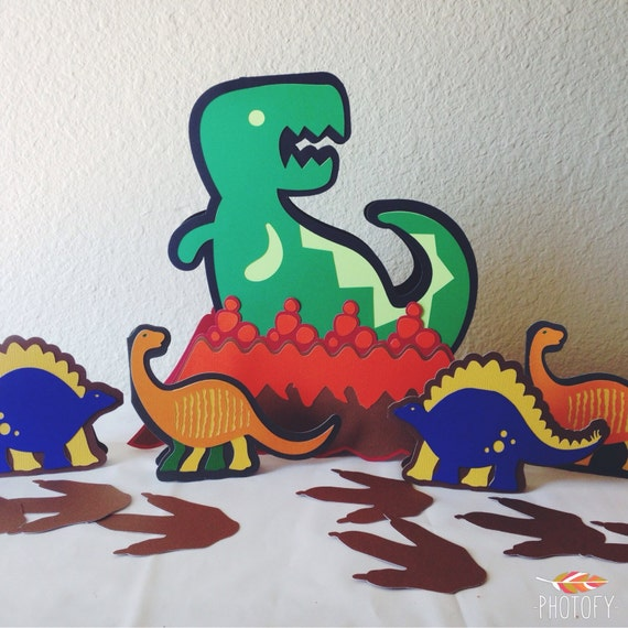 Dinosaur birthday decorations, dinosaur party, dinosaur centerpiece