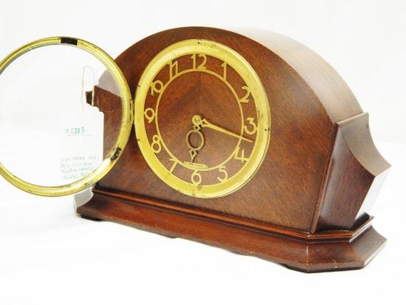 Vintage Seth Thomas Art Deco Style Electric Wooden Mantle
