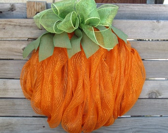 Pumpkin Wreath- Pumpkin Deco Mesh Wreath- Fall Wreath- Halloween Wreath- Thanksgiving Wreath- Fall Decor- Pumpkin Decor- Fall Pumpkin Wreath