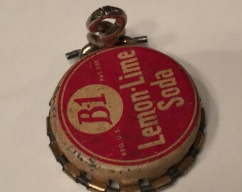 Vintage Pop Bottle Cap with Lever to Reseal the Bottle; Resealable, Lemon Lime Soda