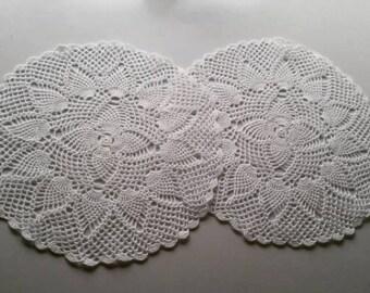 lot of 8 pineapple crochet doilies
