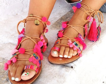 Spartan ethnic pink leather sandals