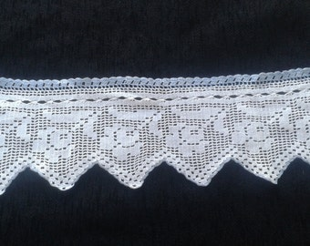handmade crochet lace/Crocheted handmade lace