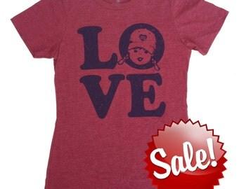 LOVE Shirt Womens Graphic Tee Vintage T Shirt Girl Power Shirt Love Gifts Love T Shirt