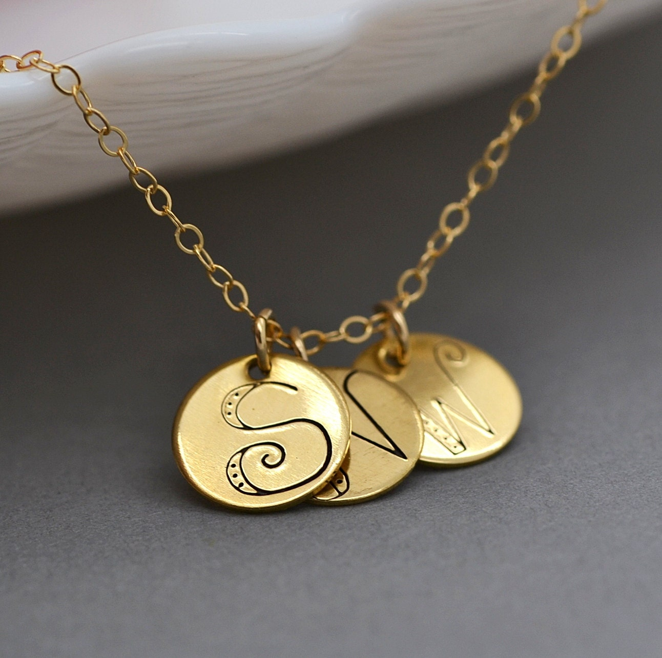 initial disc necklace three circle necklace gold circle. Black Bedroom Furniture Sets. Home Design Ideas