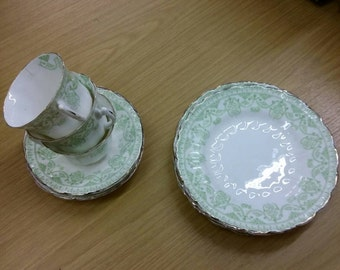 1950s Vintage cups and plates set