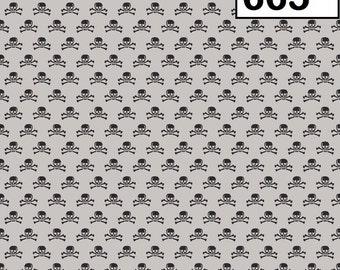 Riley Blake Fabrics Happy Haunting - Scull & Crossbones