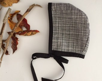 Cotton Baby Girl Bonnet - Black and White Print - Girl Hat/ Photo Prop/ Made to Order/ Order Size