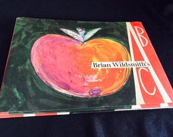Brian Wildsmith's ABC book, 1st American ed.