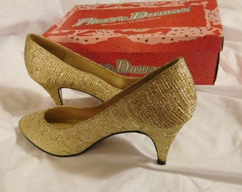 Gold Woven Pierre Dumas Womans Vintage High Heel Shoes Pumps Size 7 Like New Condition