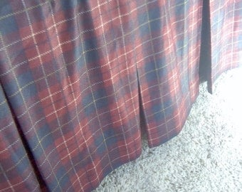 Flanged Sham and Box Pleated Bedskirt Red Blue Plaid