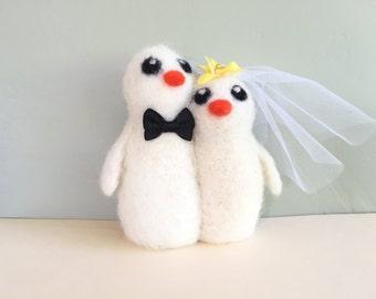 White bride and groom cake topper needle felted birds wedding cake topper birds love birds lovebirds chicken white yellow orange  cute veil