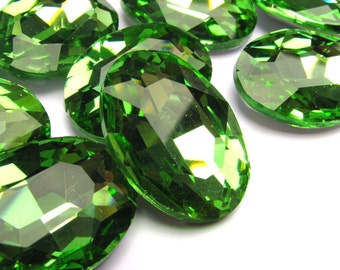 1 pcs Rhinestone glass large oval peridot green 25x18 mm PNS-OV012J