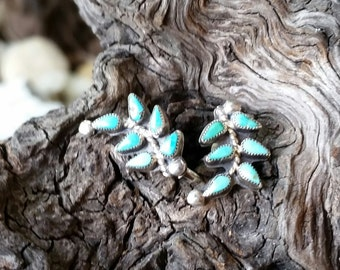 SSTURQER1 !!! ON SALE NOW !!! Adorable Turquoise Earrings - Vintage Native American