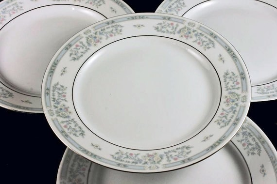 Salad Plates Fairfield Fine China Versailles Pattern Set of 4