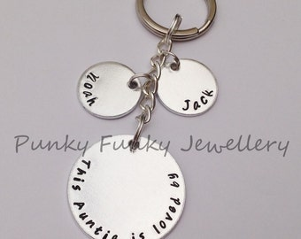 Personalised Aunt Keyring - This Aunty / Auntie is loved by - belongs to - Gift from nephew - gift from niece - gift for Aunty - birthday