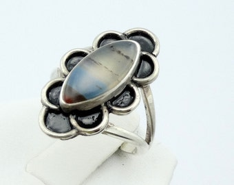 Rare Red White and Blue Montana Agate in a Vintage Sterling Silver Ring #MONTA-SR2