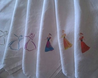 unique model tablecloth with 6 napkins