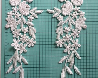 Venetian Lace Embroidered Appliqués Pair used by designers like Inbal Dror