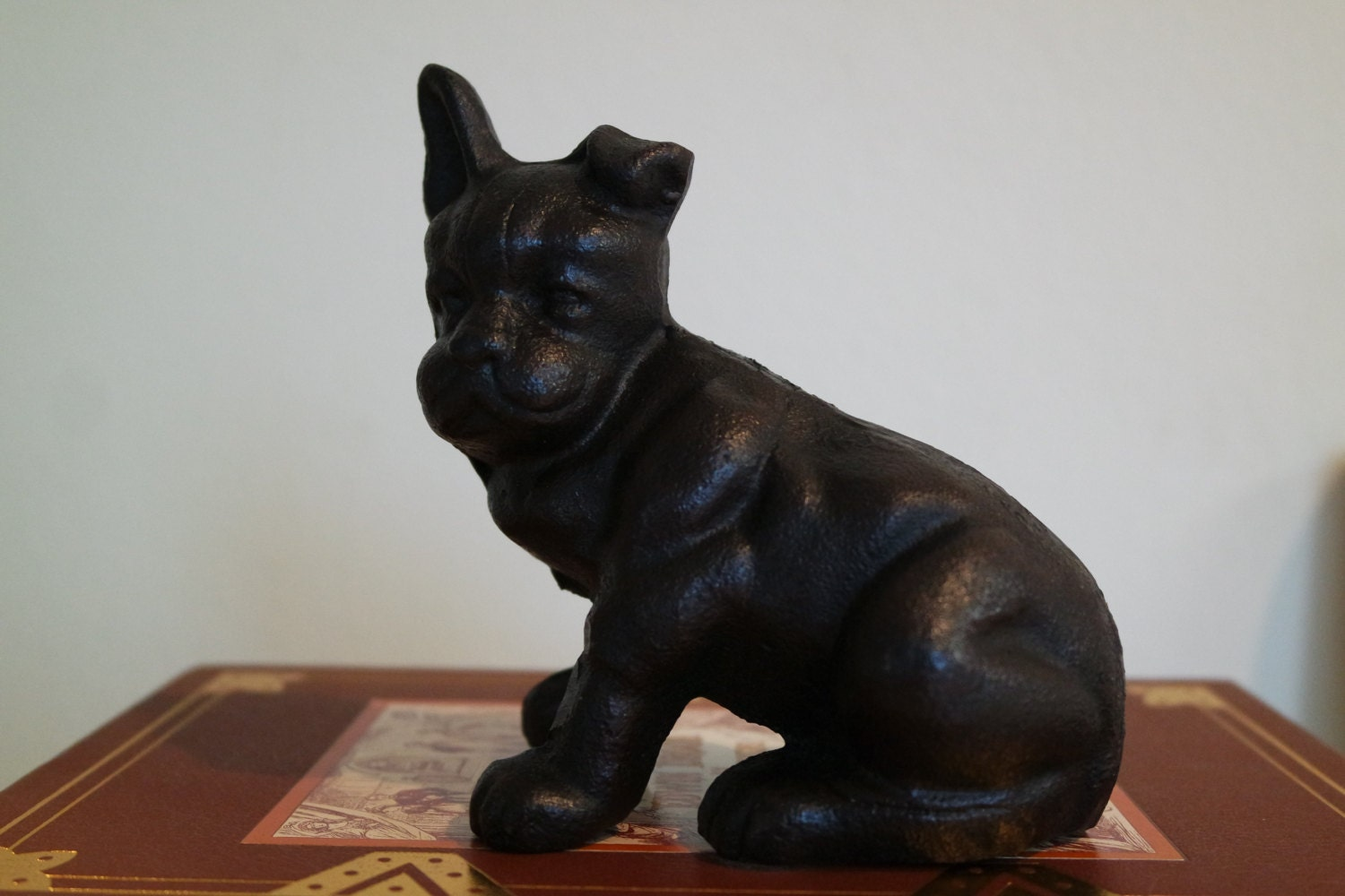 Boston terrier door stop cast iron dog by yourgreateststory - Cast iron dog doorstop ...
