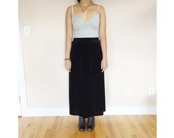 black velvet maxi skirt // size M // vintage 90s 80s goth grunge
