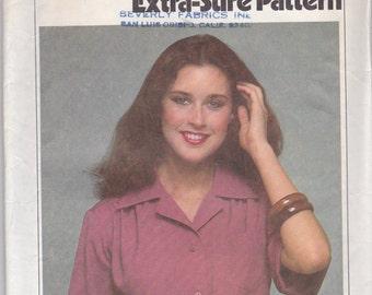 Vintage  Simplicity 8909 Misses Size 10-12-14 Shirt Pattern, classec short sleeve, front button blouse with back yoke
