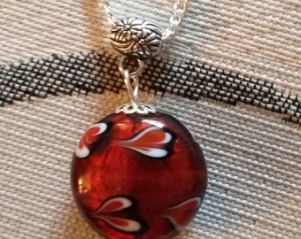 Handmade glass bead necklace - reds