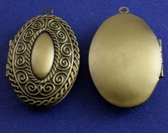 1,3,or 5 pcs-Large Oval Locket, Ornate Oval Locket, Antiqued Brass Oval Locket - AB-B23392-8S