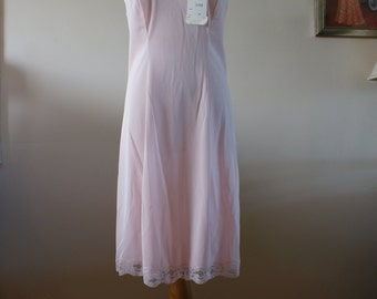 Vintage Lingerie Blush Pink Full Above the Knee Nylon Slip Size 36 Deadstock NWT Made in Italy by Simpsons M-245