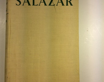 "Vintage Salazar Rebuilder of Portugal by F. C. C. Egerton, Hodder & Stoughton Limited, measures 8x5.5x1"" #1006"