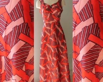 Vintage Handmade A-Line Graphic Dress Size: Large