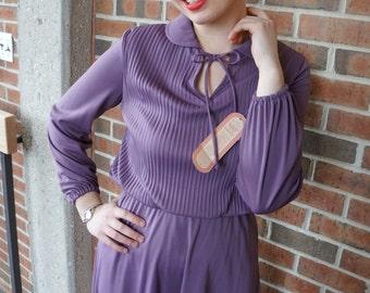 Vintage Peter Pan Collar Dress // 70's Purple Peter Pan Collar Mid-Length Dress
