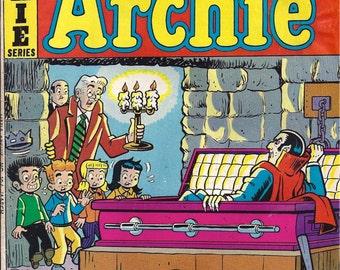 Archie Comic Series No  104, Cat# 06968 Mar 1976 Little Archie