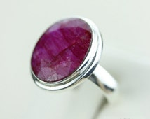 SIZE 8.5 Oval AFRICAN RUBY (Nickel Free) 925 Fine S0LID Sterling Silver Ring & Free Worldwide Express Shipping r1255