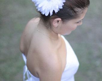 White or ivory organza bridal hair flower,flower hair clip,wedding hair accessories, bridal head piece