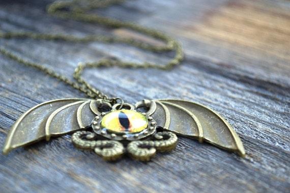 SALE Dragon Eye Necklace, Dragon Necklace, Unisex Men's Necklace, Dragon Jewellery, Dragon Eye, Eyeball Necklace, Steampunk Dragon