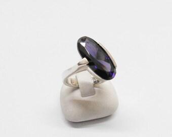 Beautiful ring 925 Silver Amethyst size 16.8 SR513